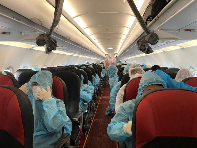Liên tiếp các chuyên bay đưa công dân Việt Nam từ các nước châu Âu, châu Phi, châu Á về nước-1