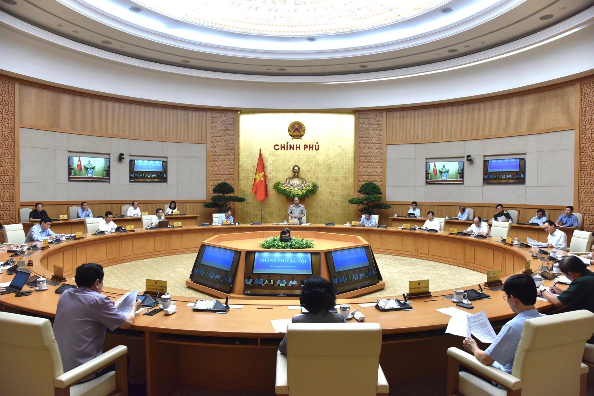 Thủ tướng chủ trì họp trực tuyến với các địa phương về phòng chống dịch COVID-19-2