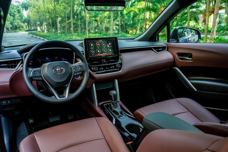 Toyota Corolla Cross cập bến thị trường Việt Nam: giá bán và trang bị cạnh tranh                                            -3