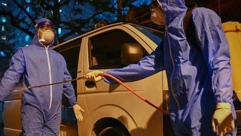 'Đi suốt đêm chưa tìm hết người tiếp xúc với bệnh nhân 714 ở Hà Nội'