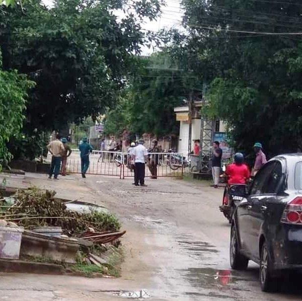 Phong tỏa, cách ly khu phố ở Sầm Sơn vì có bệnh nhân nghi nhiễm Covid – 19