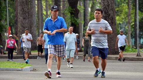 Lợi ích của việc đi bộ hàng ngày đối với sức khoẻ