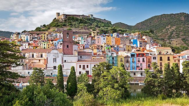 Bí mật không ngờ đằng sau những căn nhà 1 USD ở Italia