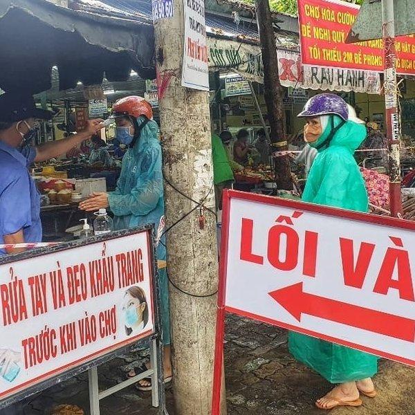 Đà Nẵng: Mỗi hộ gia đình 3 ngày đi chợ một lần
