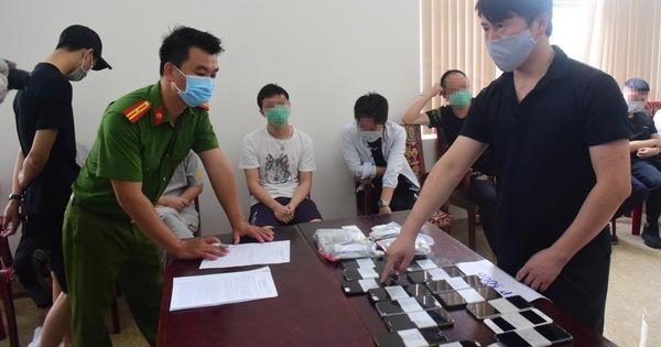 Huế: Bắt nhóm người nước ngoài đánh bạc qua mạng, tang số hơn 35 tỷ đồng
