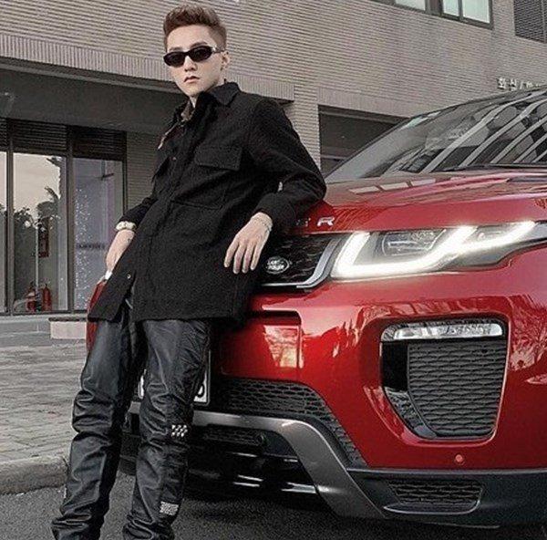 Bất ngờ với giá xe ô tô Range Rover màu đỏ Sơn Tùng M-TP gắn bó nhiều năm qua