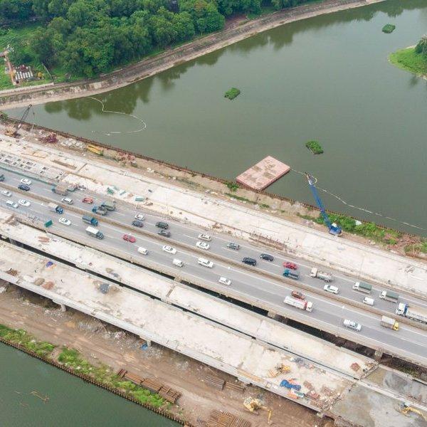 Toàn cảnh tiến độ dự án 2 cây cầu trị giá 340 tỷ đồng bắc qua hồ Linh Đàm