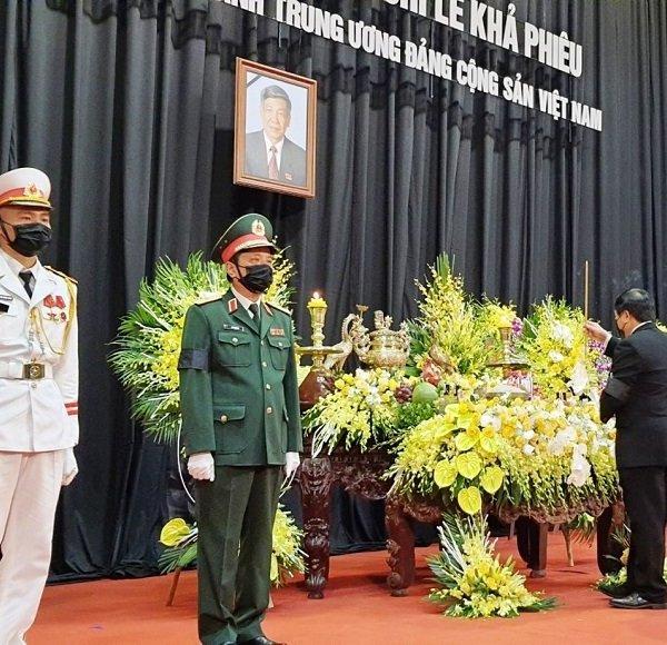 Trang trọng lễ viếng nguyên Tổng Bí thư Lê Khả Phiêu tại quê hương Thanh Hóa