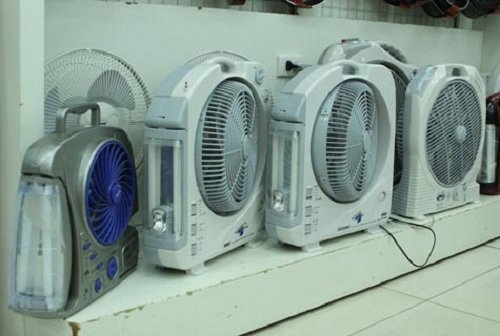 Mẹo sử dụng, bảo quản quạt tích điện để bền đẹp và hiệu quả
