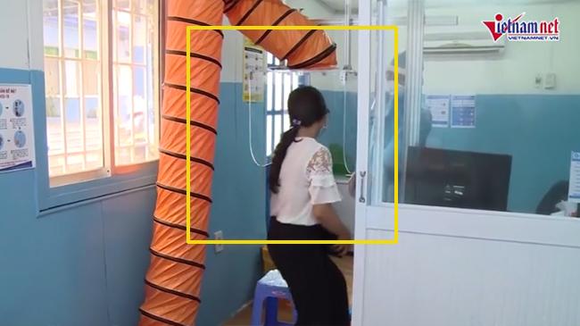 Độc đáo phòng khám sàng lọc hút khí thở, giọt bắn phòng Covid-19