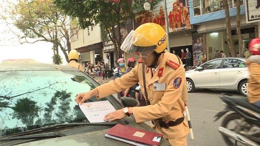 Ghi hình và dán thông báo để phạt nguội xe ô tô, nên hay không?