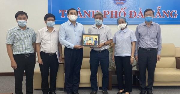 Dịch Covid-19 đang được kiểm soát, dần ổn định, Thứ trưởng Nguyễn Trường Sơn rời Đà Nẵng