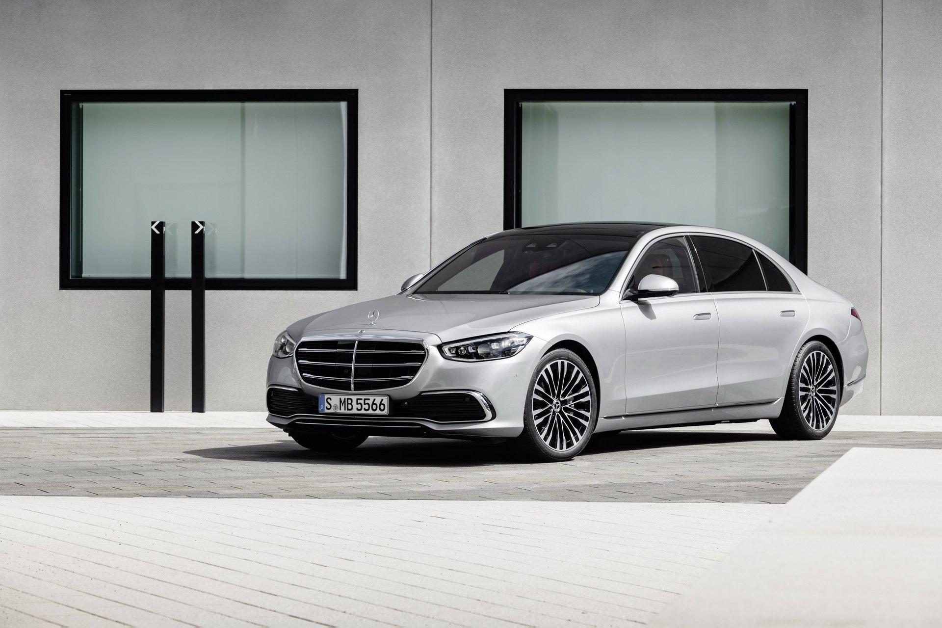 Mercedes-Benz S-Class 2021 ra mắt: Khách sạn di động công nghệ cao
