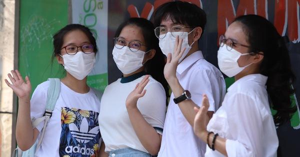Buổi thi đầu tiên tại Đà Nẵng: Đề thi môn Ngữ văn ấn tượng, vừa sức với thí sinh