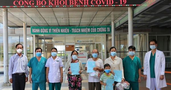 Bệnh nhân 90 tuổi mắc Covid-19 khỏi bệnh và xuất viện