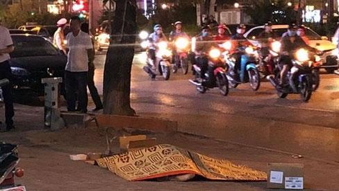 Rơi từ tầng cao ngôi nhà trên phố Xã Đàn, nam thanh niên tử vong