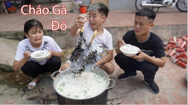 Bà Tân Vlog lên tiếng sau clip con trai nấu cháo gà nguyên lông: Nếu biết Hưng làm như thế thì tôi sẽ ngăn cản-2