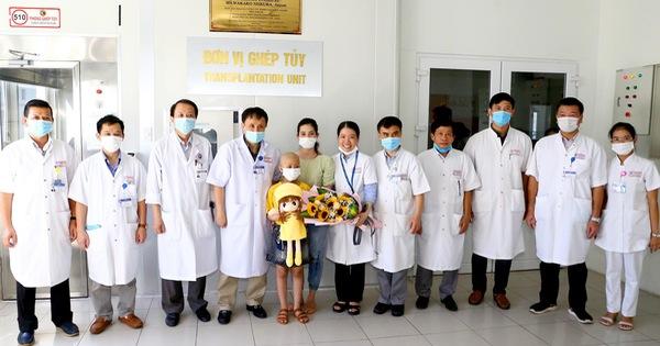 Thực hiện thành công ca ghép tủy cho bệnh nhi 8 tuổi bị ung thư