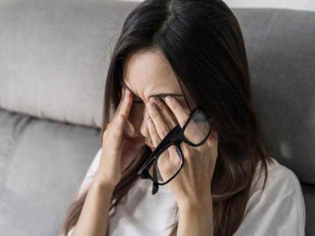 Người thường xuyên thức khuya dễ gặp phải 4 hiện tượng xấu trên mặt, không sửa ngay sẽ làm cơ thể sinh ra nhiều thứ bệnh-2