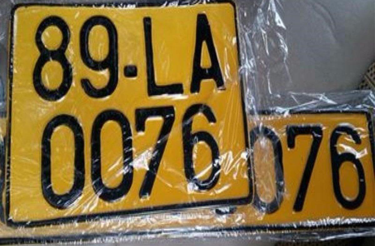 Ô tô kinh doanh dịch vụ phải đổi sang biển số màu vàng từ ngày nào, ở đâu?