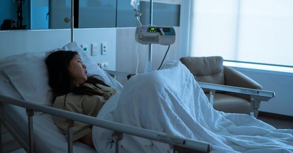Từ chuyện chàng trai 25 tuổi bị xơ gan, viêm đại tràng và bệnh tim vì sinh hoạt không điều độ: Sức khỏe chỉ có khi còn trẻ, mất rồi hối hận cũng không kịp