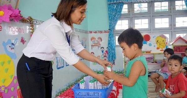 Bình Định tích cực với các công tác triển khai sữa học đường trong năm học mới