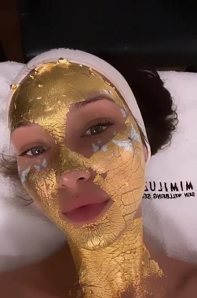 Sự thật về những chiếc mặt nạ vàng 24K đang được chị em săn lùng: Công dụng có thực sự thần thánh như nhiều người đồn thổi?-4