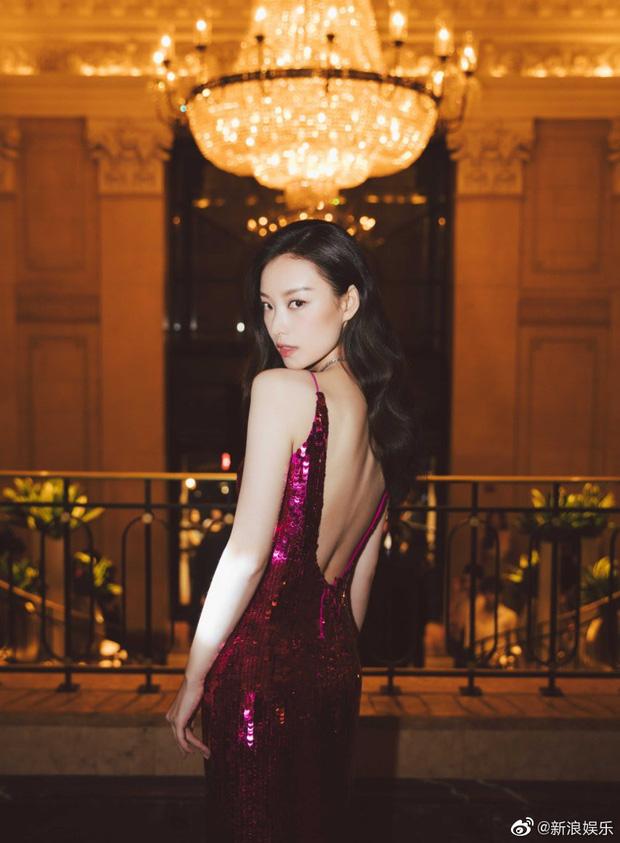 Cuồng vai đẹp như dàn mỹ nhân Hoa ngữ, dân tình thi nhau tập tành để tha hồ diện váy hở lưng đẹp mê hồn-2