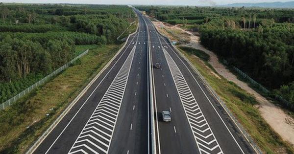 Chuẩn bị khởi công đồng loạt 3 đoạn dự án cao tốc Bắc - Nam bằng vốn ngân sách