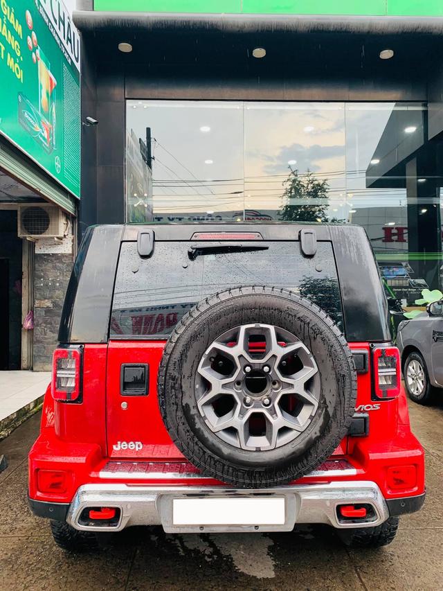 Mất giá 200 triệu chỉ sau 9.000km, SUV Trung Quốc nhái Jeep vẫn đắt ngang Hyundai Kona mới-2