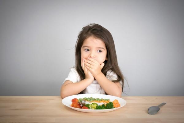 Bé nôn, trớ, biếng ăn, ăn không tiêu ảnh hưởng thế nào đến sức khoẻ?