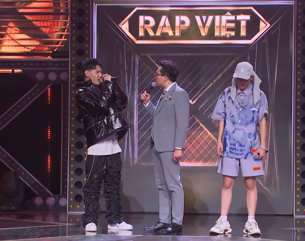 MC Trấn Thành bị chỉ trích thiếu chuyên nghiệp, thiên vị khi chỉ chăm chú vào Tlinh, Tage-4
