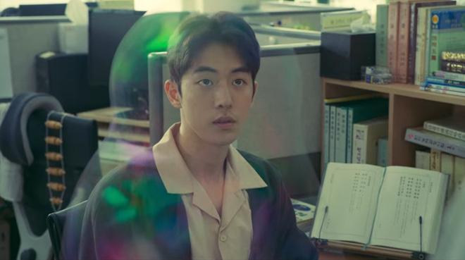 """The School Nurse Files: Sợ xám hồn mấy bé thạch"""" siêu nhầy nhụa, may quá Nam Joo Hyuk không phá team""""-4"""