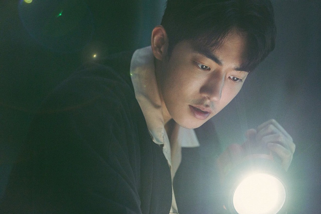 """The School Nurse Files: Sợ xám hồn mấy bé thạch"""" siêu nhầy nhụa, may quá Nam Joo Hyuk không phá team""""-6"""