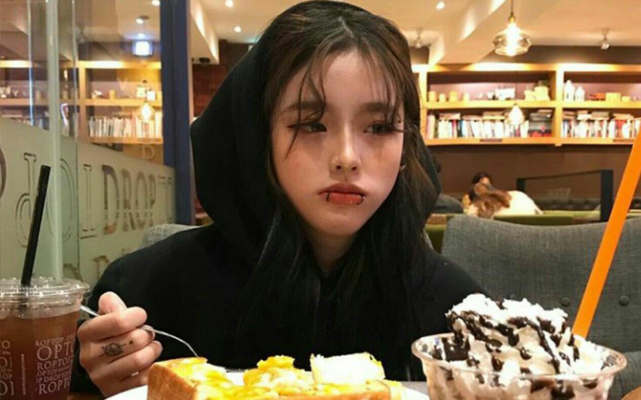 Người mắc bệnh tiểu đường thường có 4 điểm chung khi ăn uống, check xem bạn có nằm trong nhóm người này không để thay đổi ngay
