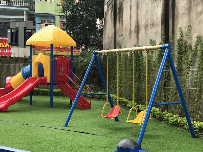 """Vụ bé gái 5 tuổi ngã gãy tay, nguy cơ bị liệt khi đang trong giờ học: Sẽ kiểm tra toàn bộ các trường trên địa bàn phường""""-5"""