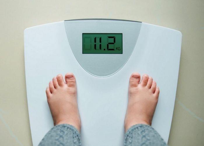 Làm sao để cân nặng của con không còn là gánh nặng của cha mẹ?-1