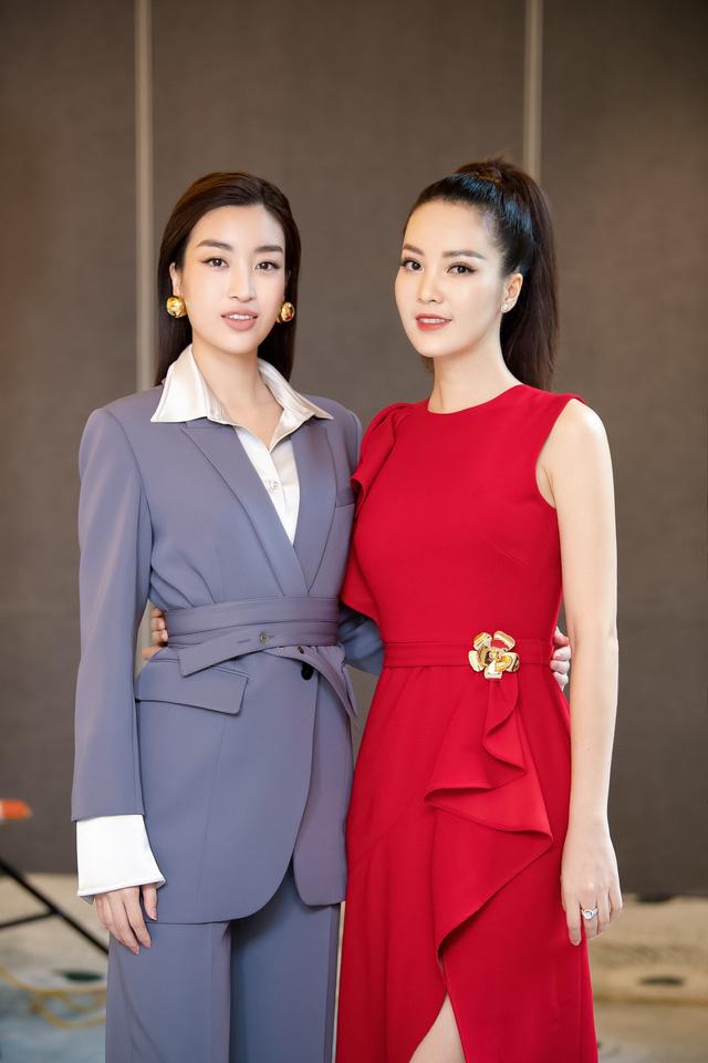 Á hậu Thụy Vân đọ sắc cùng Hà Kiều Anh tại Hoa hậu Việt Nam 2020-7