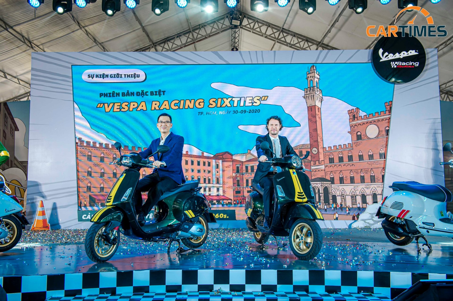Vespa Racing Sixties phong cách xe đua ra mắt thị trường Việt Nam, giá từ 95 triệu đồng