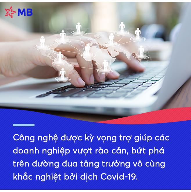 Ứng dụng công nghệ để khởi tạo cuộc sống số trong mùa Covid-19: Từ giải chạy ảo tới định danh khách hàng trực tuyến của MB-2
