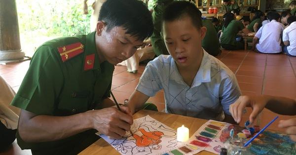 Mang Tết Trung thu đến với trẻ em hoàn cảnh khó khăn, khuyết tật