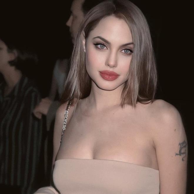 Dân tình đang náo loạn vì bộ ảnh Angelina Jolie ở thời kỳ đẹp nhất: Đẹp ngộp thở thế này bảo sao Brad Pitt mê, nhưng có gì đó sai sai-3
