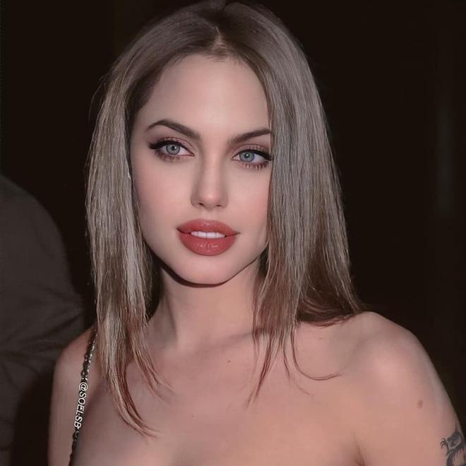 Dân tình đang náo loạn vì bộ ảnh Angelina Jolie ở thời kỳ đẹp nhất: Đẹp ngộp thở thế này bảo sao Brad Pitt mê, nhưng có gì đó sai sai-4