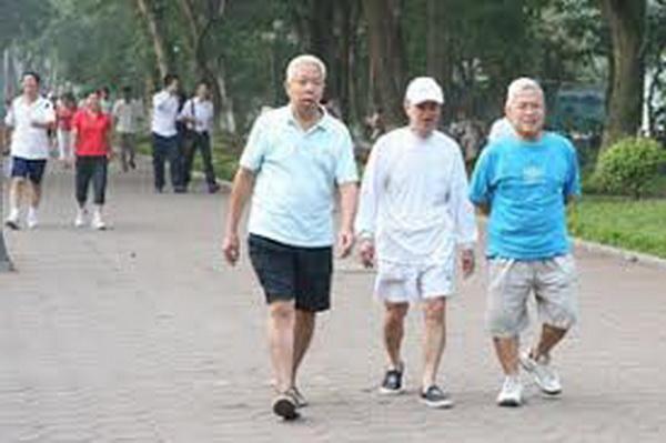 Chứng chóng mặt ở người cao tuổi: Chủ quan dễ nguy