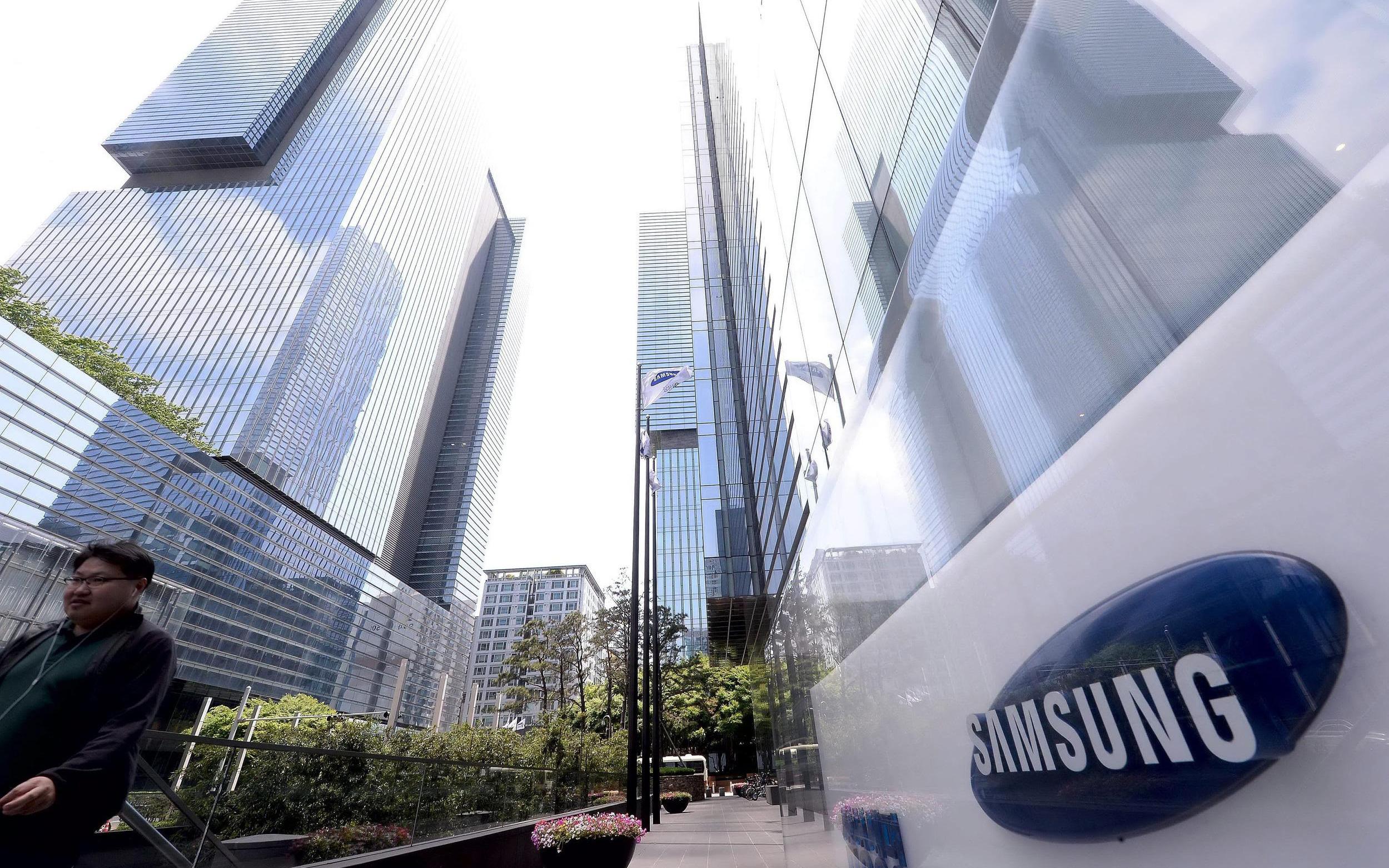 Nhờ đối thủ gặp khó khăn, Samsung báo lãi kỷ lục