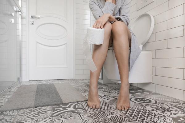 6 dấu hiệu không đau cảnh báo ung thư buồng trứng, nên đi khám nếu có ít nhất 2 điều-3