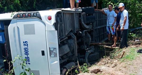 Khởi tố chủ xe khách trong vụ tai nạn làm 15 người chết tại Quảng Bình
