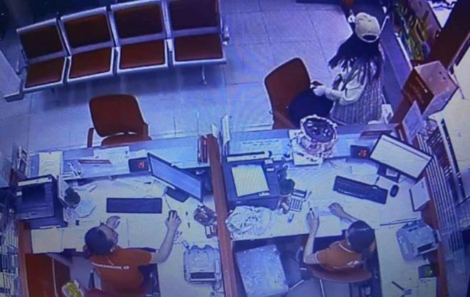 Nữ nghi can cướp ngân hàng ở Sài Gòn từng là thí sinh gameshow hài, khai nhận đi cướp do nợ nần-2