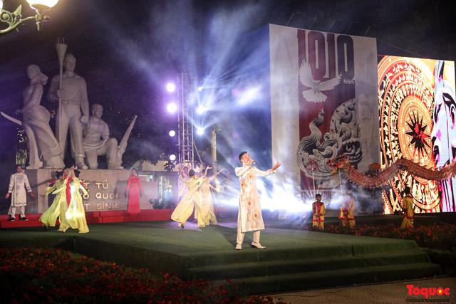 Tái hiện Hào khí Thăng Long trên phố đi bộ với chương trình nghệ thuật đặc biệt kỷ niệm 1010 năm Thăng Long - Hà Nội-1