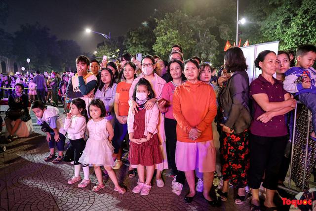 Tái hiện Hào khí Thăng Long trên phố đi bộ với chương trình nghệ thuật đặc biệt kỷ niệm 1010 năm Thăng Long - Hà Nội-4